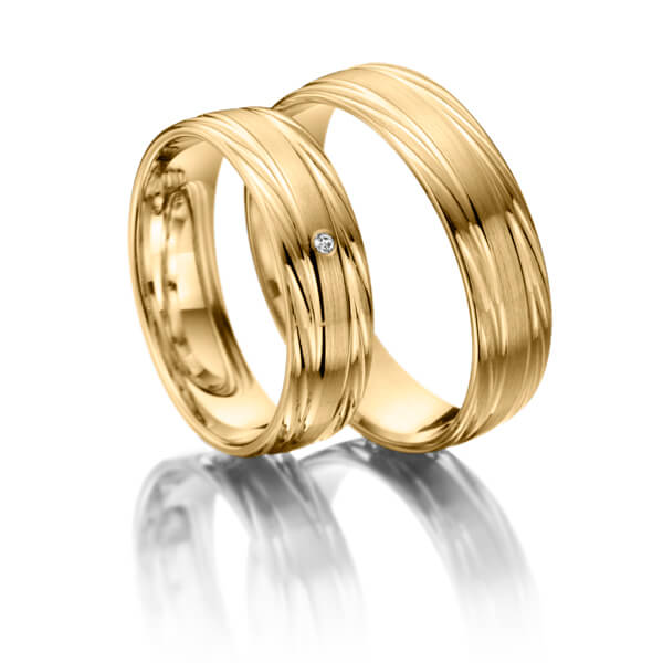 Trauringe Gelbgold 375 mit 0,015 ct. 