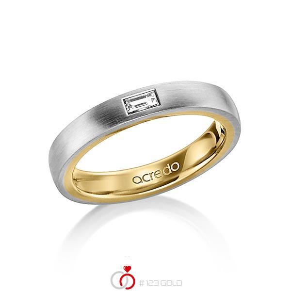 bicolor Trauring/Ehering in aussen Graugold 585 , innen Gelbgold 585 mit zus. 0,15 ct. Baguette-Diamant tw, vs von acredo - A-1478-2
