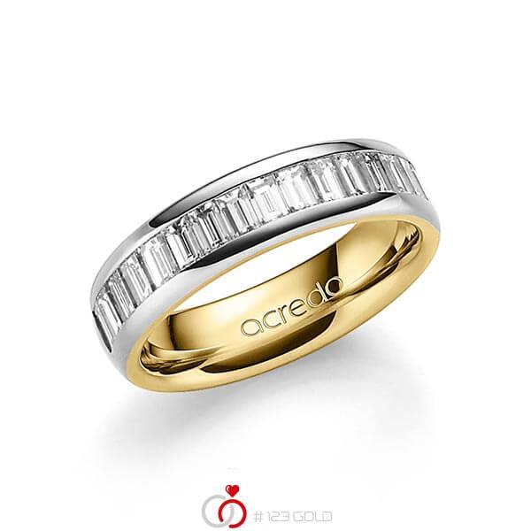 bicolor Trauring/Ehering in außen Platin 950 , innen Gelbgold 750 mit zus. 1,68 ct. Baguette-Diamant tw, vs von acredo - A-1552-10