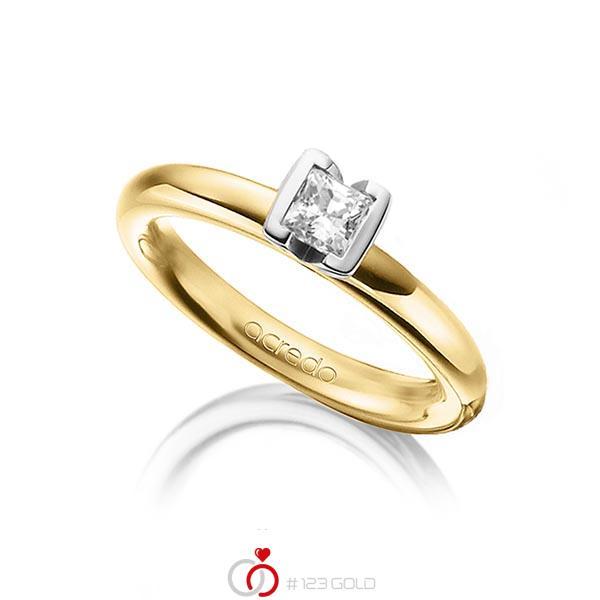 klassischer Trauring/Ehering in Gelbgold 750 mit 0,4 ct. Prinzess-Diamant tw, vs von acredo - A-1298-13