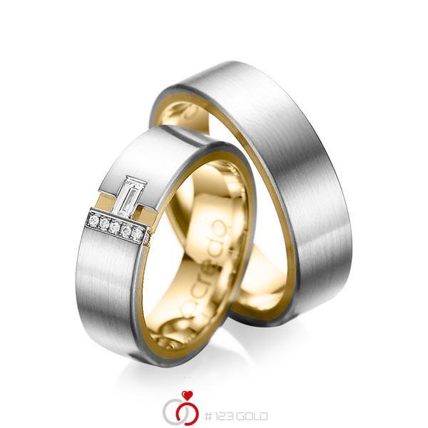 Paar bicolor Trauringe/Eheringe in außen Graugold 585 , innen Gelbgold 585 mit zus. 0,155 ct. Baguette-Diamant & Brillant tw, vs tw, si von acredo - A-1066-5