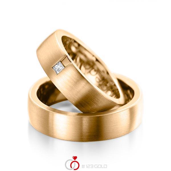 Paar klassische Trauringe/Eheringe in aussen Roségold 585 , innen Roségold 585 mit zus. 0,06 ct. Prinzess-Diamant tw, si von acredo - A-1091-5