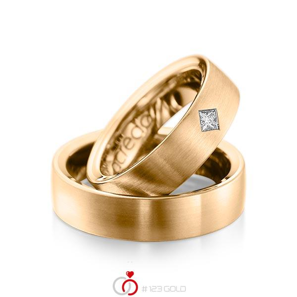 Paar klassische Trauringe/Eheringe in außen Roségold 585 , innen Roségold 585 mit zus. 0,12 ct. Prinzess-Diamant tw, si von acredo - A-1073-9