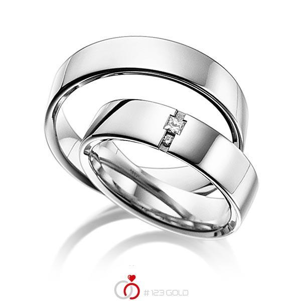 Paar klassische Trauringe/Eheringe in aussen Weissgold 585 , innen Weissgold 585 mit zus. 0,06 ct. Prinzess-Diamant & Brillant tw, si von acredo - A-6015-8