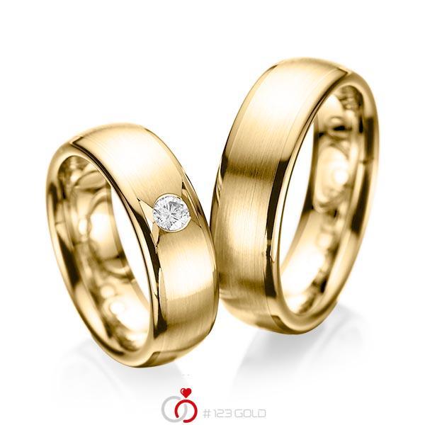 Paar klassische Trauringe/Eheringe in Gelbgold 585 mit zus. 0,15 ct. Brillant tw, si von acredo - A-1065-8