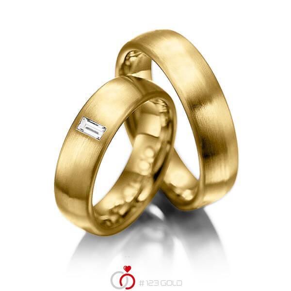 Paar klassische Trauringe/Eheringe in Gelbgold 585 mit zus. 0,1 ct. Baguette-Diamant tw, vs von acredo - A-1002-5
