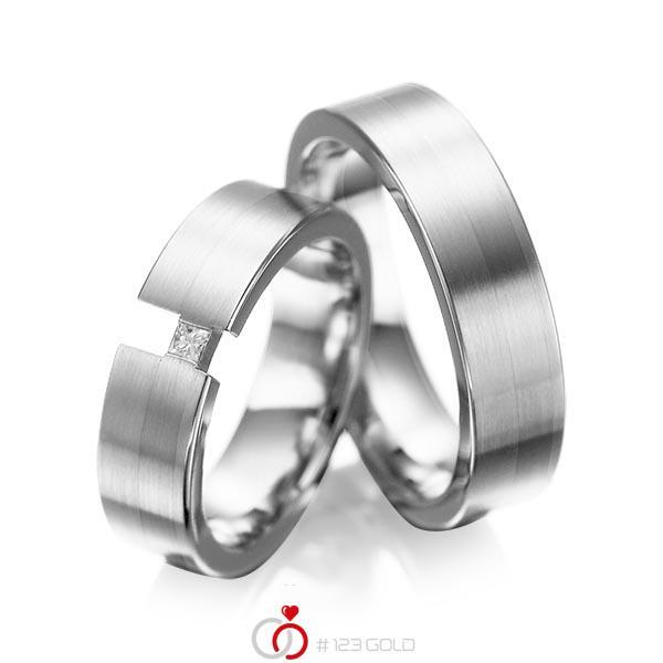 Paar klassische Trauringe/Eheringe in Weissgold 585 mit zus. 0,05 ct. Prinzess-Diamant tw, si von acredo - A-1025-15