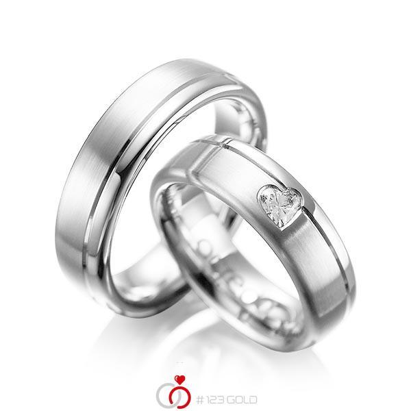 Paar klassische Trauringe/Eheringe in Weißgold 585 mit zus. 0,22 ct. Herz-Diamant tw, vs von acredo - A-1045-1