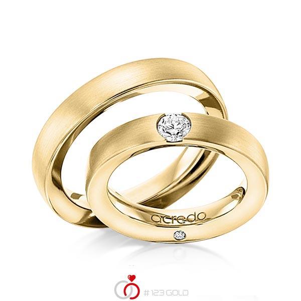 Set klassieke trouwringen in geelgoud 14 kt. met 0,3 ct. + in totaal 0,03 ct. Briljant tw/si van acredo - A-1101-3