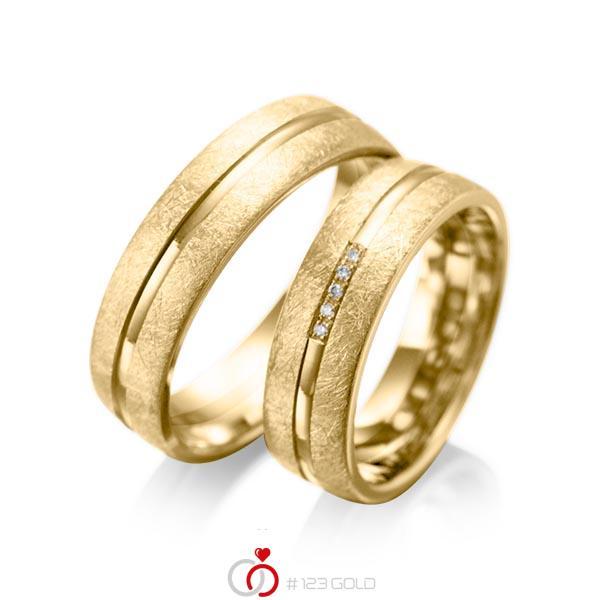 Set Klassieke trouwringen in geelgoud 14 kt. met in totaal 0,025 ct. Briljant tw/si van acredo - A-1007-9