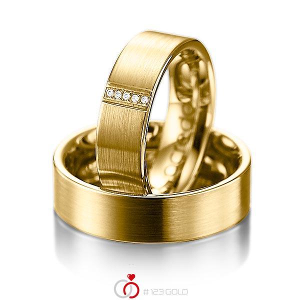 Set klassieke trouwringen in geelgoud 14 kt. met in totaal 0,025 ct. Briljant tw/si van acredo - A-1057-1