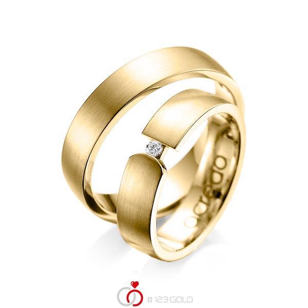 Set klassieke trouwringen in geelgoud 14 kt. met in totaal 0,04 ct. Briljant tw/si van acredo - A-1069-7