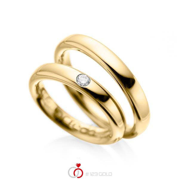 Set klassieke trouwringen in geelgoud 14 kt. met in totaal 0,08 ct. Briljant tw/si van acredo - A-1008-1