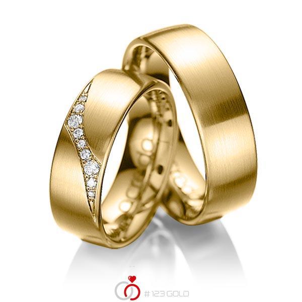 Set klassieke trouwringen in geelgoud 14 kt. met in totaal 0,115 ct. Briljant tw/si van acredo - A-1036-4