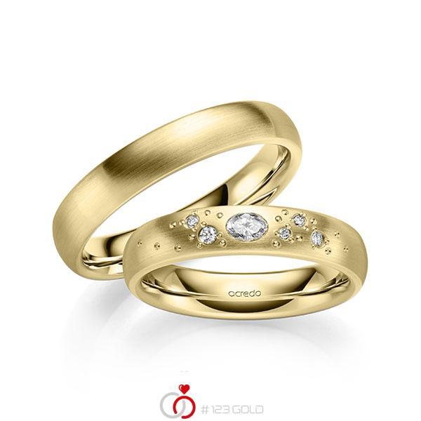 Set klassieke trouwringen in geelgoud 14 kt. met in totaal 0,146 ct. Briljant tw/si van acredo - A-2130-2