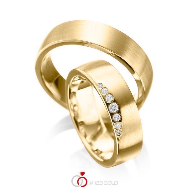 Set klassieke trouwringen in geelgoud 14 kt. met in totaal 0,1 ct. Briljant tw/si van acredo - A-1026-1