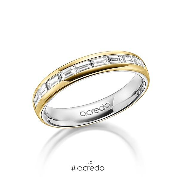 bicolor Memoire-Trauring/Ehering in außen Gelbgold 585 , innen Graugold 585 halbausgefasst mit zus. 0,8 ct. Baguette-Diamant tw, vs von acredo