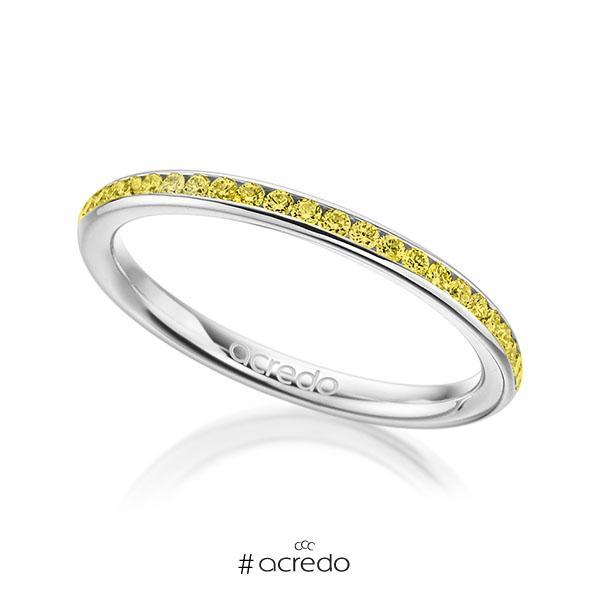 klassischer Memoire-Trauring/Ehering in Weißgold 585 halbausgefasst mit zus. 0,23 ct. Brillant gelb von acredo