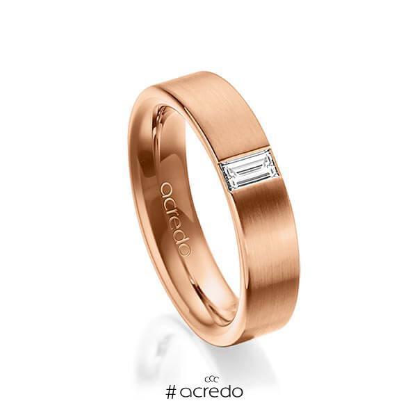 klassischer Trauring/Ehering in außen Rotgold 585 , innen Rotgold 585 mit zus. 0,2 ct. Baguette-Diamant tw, vs von acredo