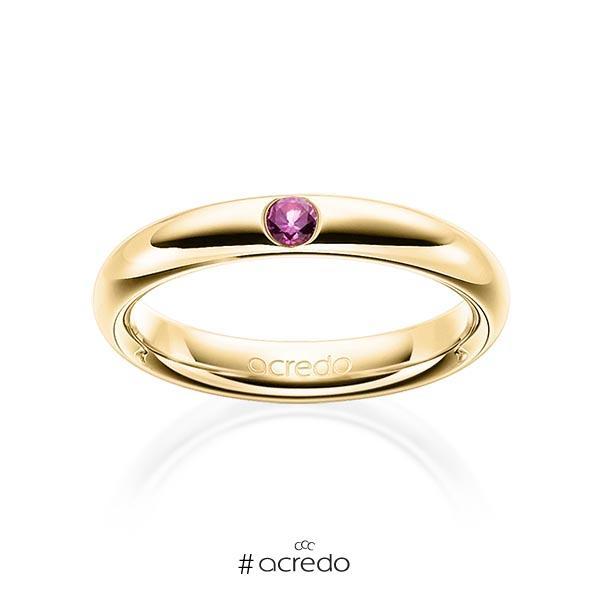 klassischer Trauring/Ehering in Gelbgold 585 mit zus. 0,08 ct. Brillant Saphir Pink (A 10) von acredo