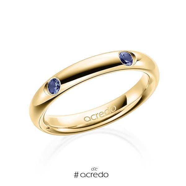 klassischer Trauring/Ehering in Gelbgold 585 mit zus. 0,4 ct. Brillant Saphir Hellblau (A 6) von acredo