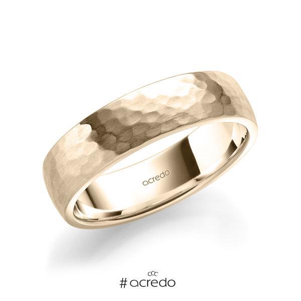 klassischer Trauring/Ehering in Signature Gold 585 gehämmert Struktur von acredo
