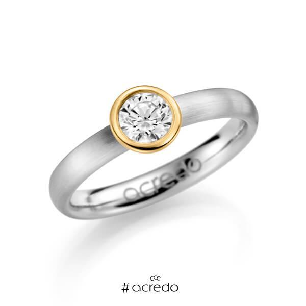klassischer Trauring/Ehering in Weißgold 585 mit 0,5 ct. Brillant w, si von acredo