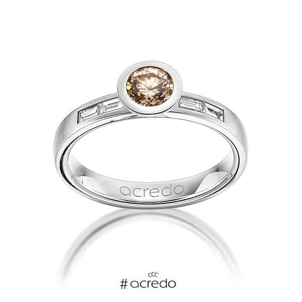 klassischer Trauring/Ehering in Weißgold 585 mit 0,5 ct. + zus. 0,24 ct. Brillant & Baguette-Diamant cognac tw, vs von acredo