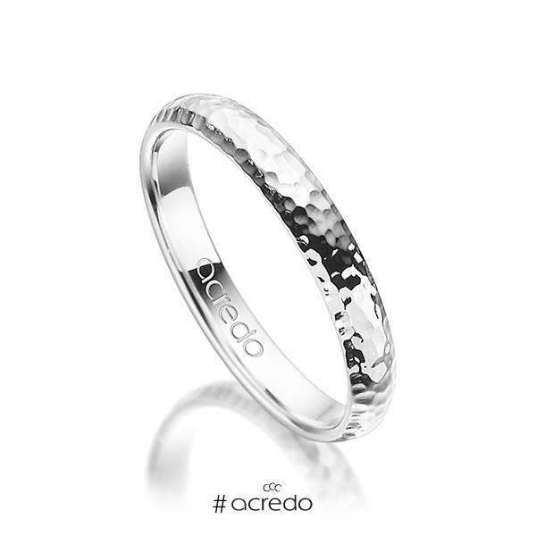 klassischer Trauring/Ehering in Weißgold 750 gehämmert Struktur von acredo