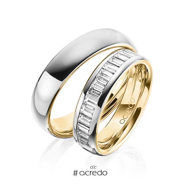 Paar bicolor Memoire-Trauringe/Eheringe in außen Graugold 585 , innen Gelbgold 585 halbausgefasst mit zus. 1,36 ct. Baguette-Diamant tw, vs von acredo