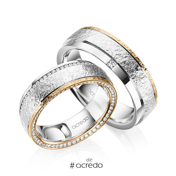 Paar bicolor Memoire-Trauringe/Eheringe in Weißgold 585 Roségold 585 , crushed Struktur vollausgefasst mit zus. 0,6 ct. Brillant & Prinzess-Diamant tw, si von acredo