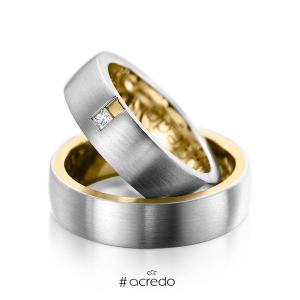 Paar bicolor Trauringe/Eheringe in außen Graugold 585 , innen Gelbgold 585 mit zus. 0,06 ct. Prinzess-Diamant tw, si von acredo