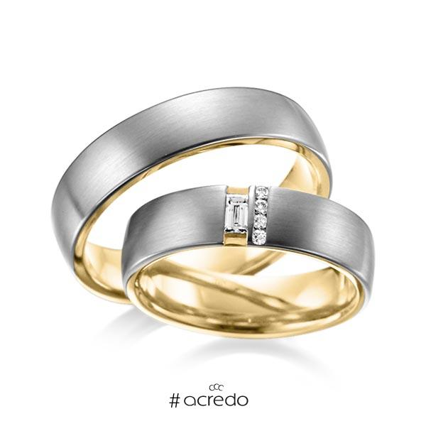 Paar bicolor Trauringe/Eheringe in außen Graugold dunkel 585 , innen Gelbgold 585 mit zus. 0,132 ct. Baguette-Diamant & Brillant tw, vs von acredo