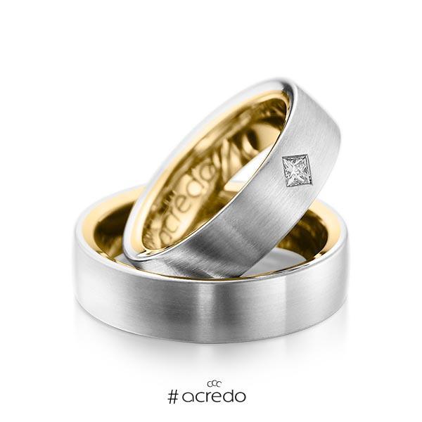 Paar bicolor Trauringe/Eheringe in außen Platin 950 , innen Gelbgold 750 mit zus. 0,12 ct. Prinzess-Diamant tw, si von acredo