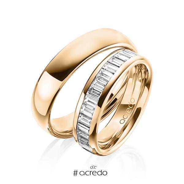 Paar klassische Memoire-Trauringe/Eheringe in außen Roségold 585 , innen Roségold 585 halbausgefasst mit zus. 1,36 ct. Baguette-Diamant tw, vs von acredo