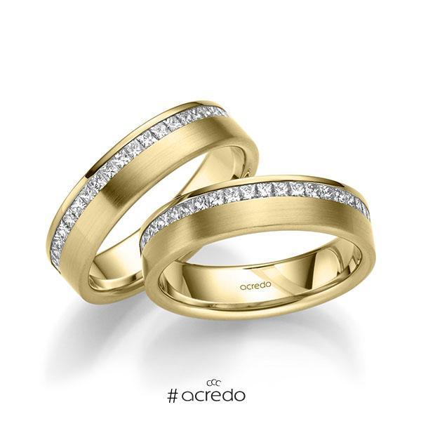 Paar klassische Memoire-Trauringe/Eheringe in Gelbgold 585 halbausgefasst mit zus. 1,26 ct. Prinzess-Diamant tw, si von acredo