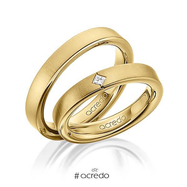 Paar klassische Trauringe/Eheringe in außen Gelbgold 585 , innen Gelbgold 585 mit zus. 0,05 ct. Prinzess-Diamant tw, si von acredo