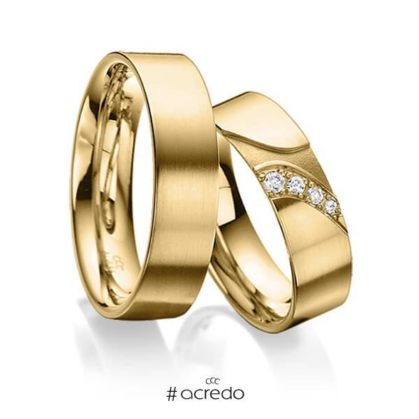 Paar klassische Trauringe/Eheringe in außen Gelbgold 585 , innen Gelbgold 585 mit zus. 0,075 ct. Brillant tw, si von acredo