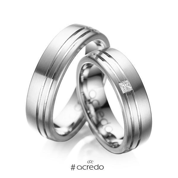 Paar klassische Trauringe/Eheringe in außen Graugold 585 , innen Graugold 585 mit zus. 0,05 ct. Prinzess-Diamant tw, si von acredo
