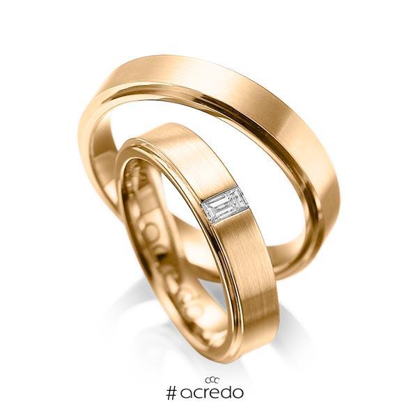 Paar klassische Trauringe/Eheringe in außen Roségold 585 , innen Roségold 585 mit zus. 0,12 ct. Baguette-Diamant tw, vs von acredo
