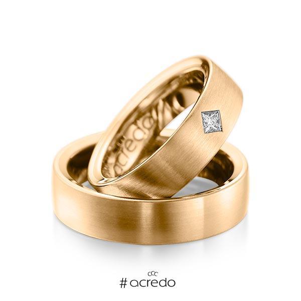 Paar klassische Trauringe/Eheringe in außen Roségold 585 , innen Roségold 585 mit zus. 0,12 ct. Prinzess-Diamant tw, si von acredo
