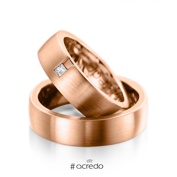 Paar klassische Trauringe/Eheringe in außen Rotgold 585 , innen Rotgold 585 mit zus. 0,06 ct. Prinzess-Diamant tw, si von acredo