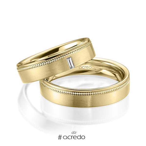 Paar klassische Trauringe/Eheringe in Gelbgold 585 mit zus. 0,05 ct. Baguette-Diamant tw, vs von acredo