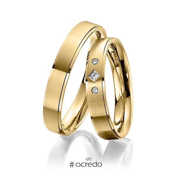 Paar klassische Trauringe/Eheringe in Gelbgold 585 mit zus. 0,05 ct. Prinzess-Diamant & Brillant tw, si von acredo