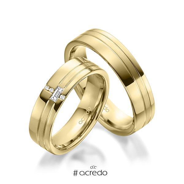 Paar klassische Trauringe/Eheringe in Gelbgold 585 mit zus. 0,074 ct. Baguette-Diamant & Brillant tw, vs tw, si von acredo