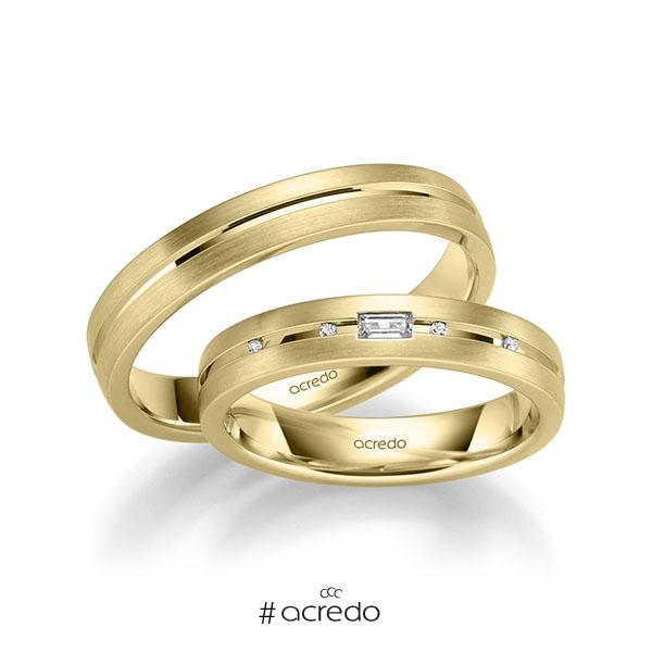 Paar klassische Trauringe/Eheringe in Gelbgold 585 mit zus. 0,07 ct. Baguette-Diamant & Brillant tw, vs von acredo