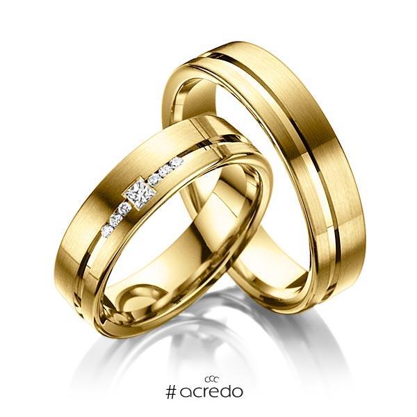 Paar klassische Trauringe/Eheringe in Gelbgold 585 mit zus. 0,098 ct. Prinzess-Diamant & Brillant tw, si von acredo