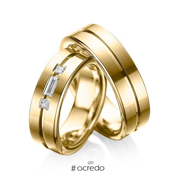 Paar klassische Trauringe/Eheringe in Gelbgold 585 mit zus. 0,22 ct. Baguette-Diamant & Prinzess-Diamant tw, vs von acredo