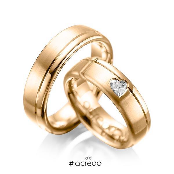 Paar klassische Trauringe/Eheringe in Roségold 585 mit zus. 0,22 ct. Herz-Diamant tw, vs von acredo