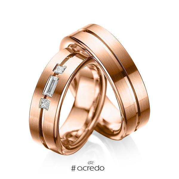 Paar klassische Trauringe/Eheringe in Rotgold 585 mit zus. 0,22 ct. Baguette-Diamant & Prinzess-Diamant tw, vs von acredo